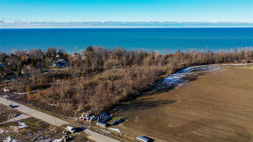 LOT 4-B BLUE COAST Heights, Plympton-Wyoming, Ontario, Canada