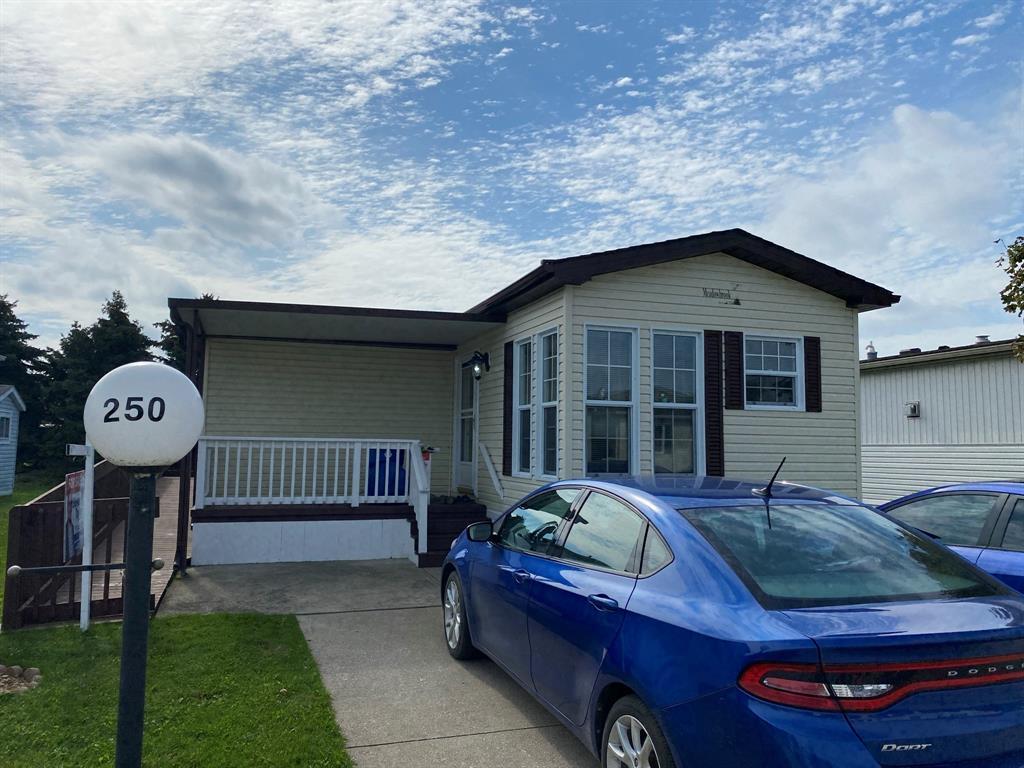 5700 Blackwell Sideroad Unit# 250, Sarnia Ontario, Canada
