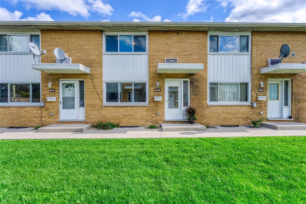822 Wellington Street Unit# 22, Sarnia Ontario, Canada