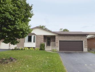 123 Pinebrook Pl, Waterloo Ontario, Canada