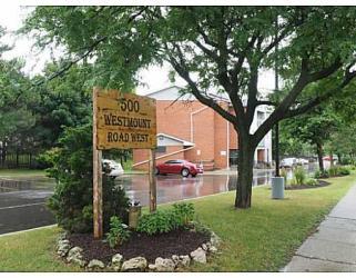 #207-500 Westmount Rd W, Kitchener Ontario, Canada