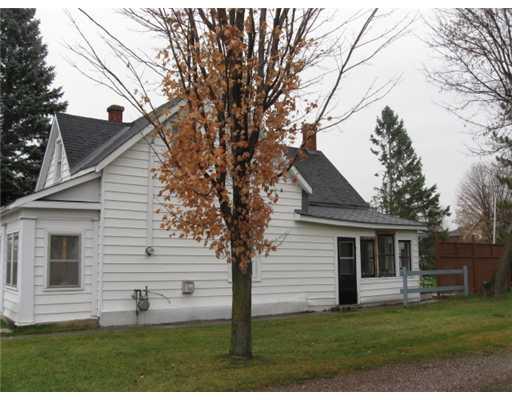 235 Renfrew Av, Renfrew Ontario