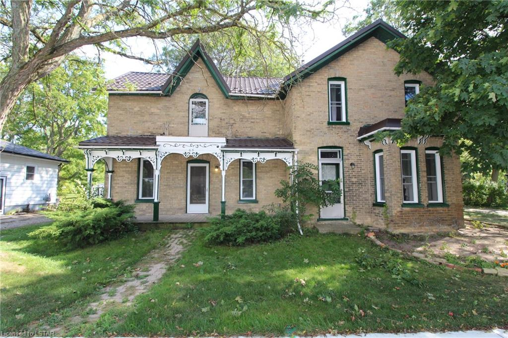 65 KING Street E, Forest Ontario, Canada