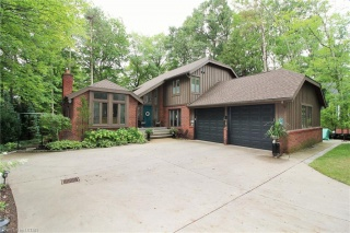 10261 PINES Parkway, Grand Bend Ontario, Canada