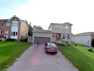 2510 Lloyd St, Innisfil Ontario, Canada