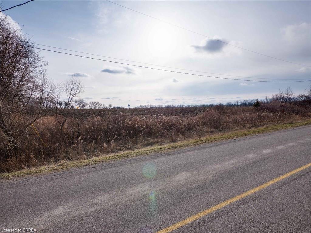 42 JOHNSON Road, Brantford, Ontario, Canada