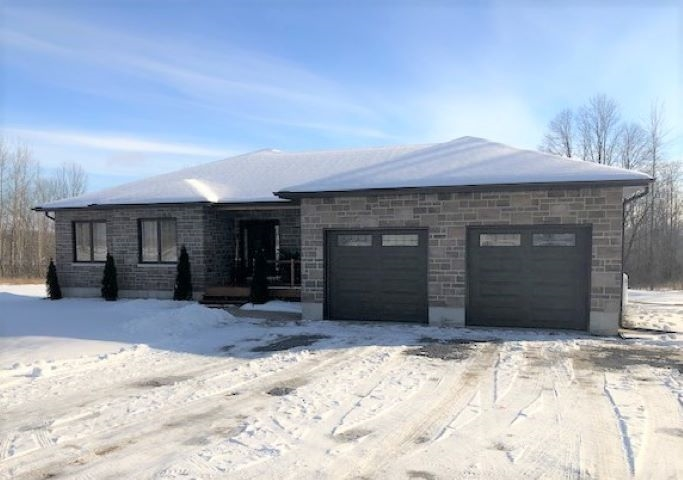 704 Fred Brown Road, Loyalist Township Ontario, Canada