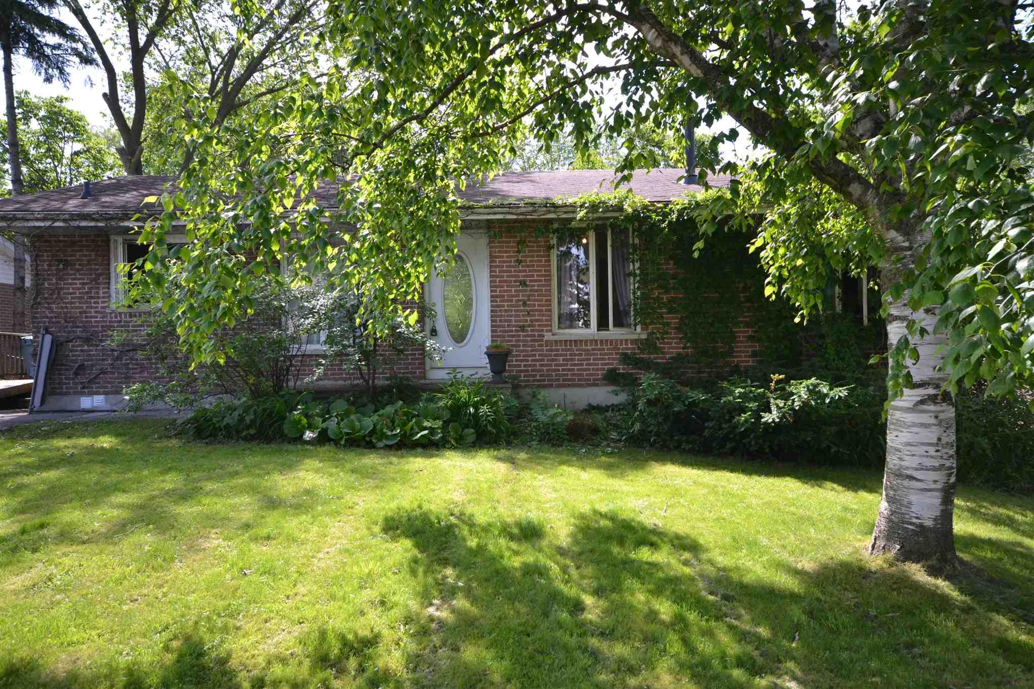 983 Bourne Crescent, Kingston Ontario, Canada