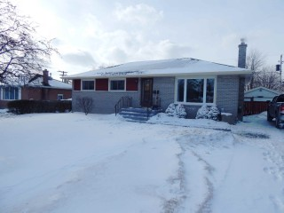 54 Manitou Cres West, Amherstview Ontario