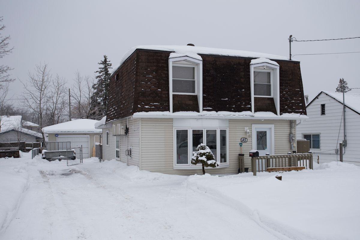 45 Oakwood Drive, Sault Ste. Marie Ontario, Canada