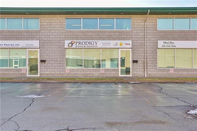 15 45 Dalkeith Drive, Brantford Ontario, Canada