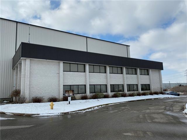Upper 75 Plant Farm Boulevard, Brantford Ontario, Canada