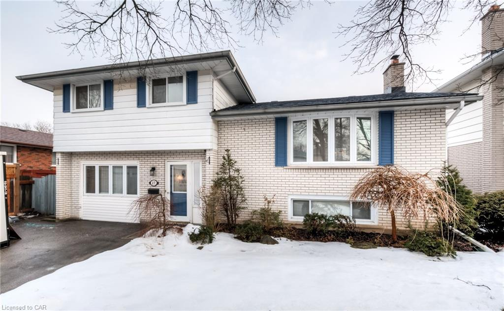 27 Foster Crescent, Cambridge Ontario, Canada