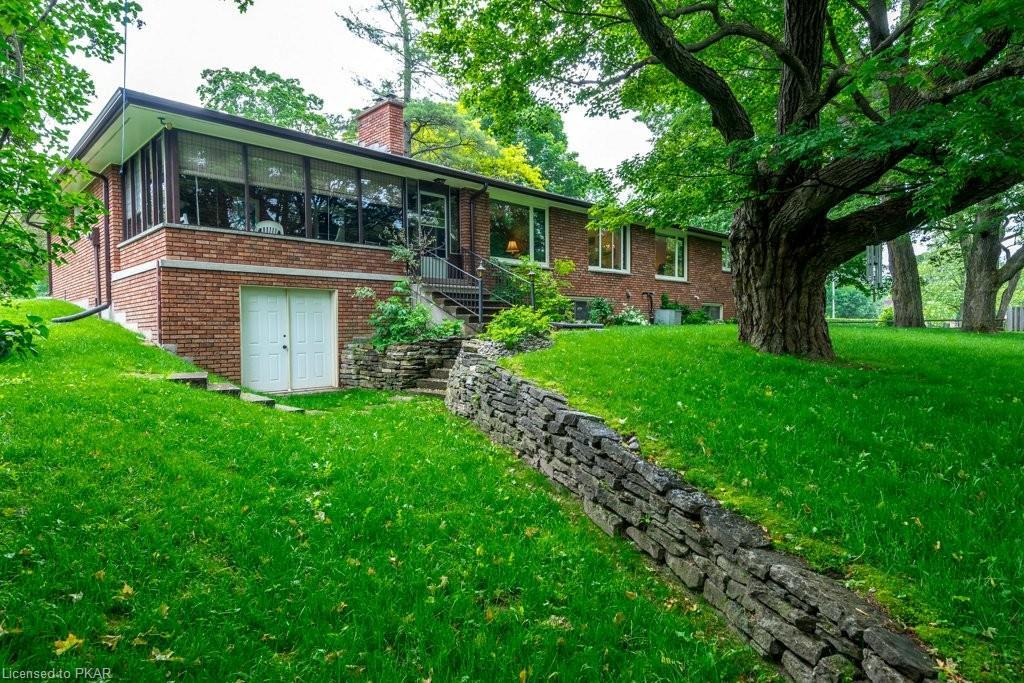 228 QUEEN Street, Lakefield Ontario