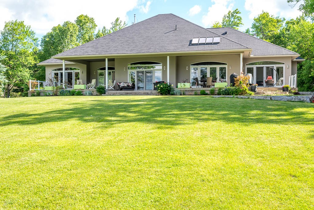 41 HULL`S RD, North Kawartha Ontario, Canada