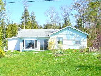 31 Waterview Rd, Red Bay Ontario