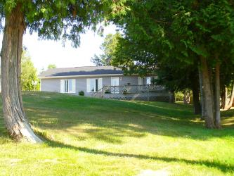 148 Sunset Blvd, Wiarton Ontario