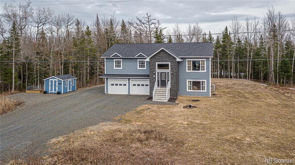 7 Willowdale Drive, Waasis New Brunswick, Canada