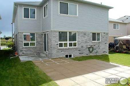 1042 Holdsworth Cres, Milton Ontario