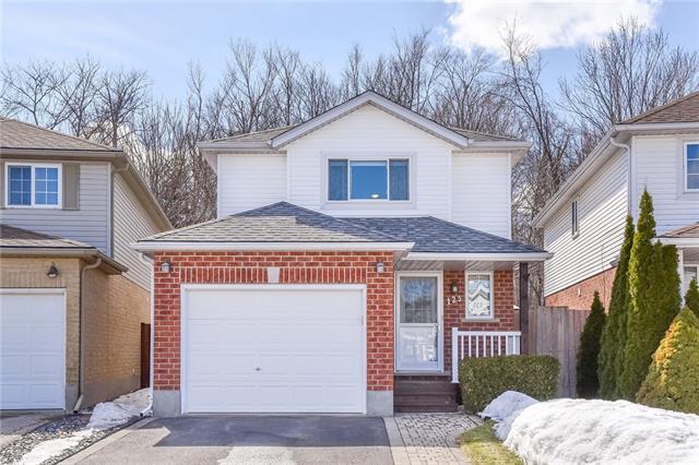 125 Pine Martin Crescent, Kitchener Ontario, Canada