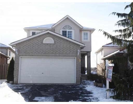 133 Hollyridge Cr, Kitchener Ontario, Canada