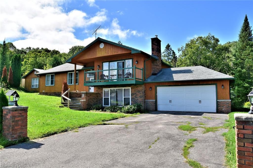 1176 KASHAGAWIGAMOG LAKE Road, Haliburton Ontario