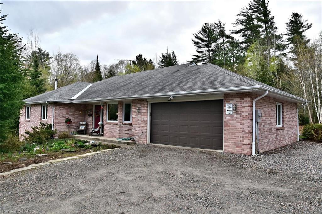 1548 Eagle Lake Road, Haliburton Ontario, Canada