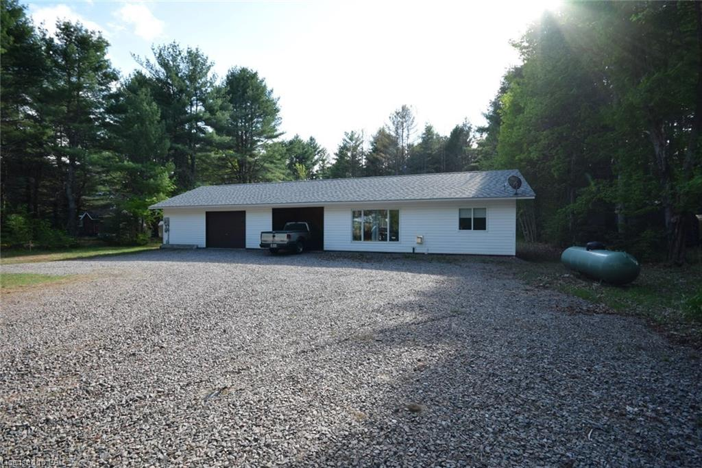 1169 Airport Road, Algonquin Highlands Ontario, Canada