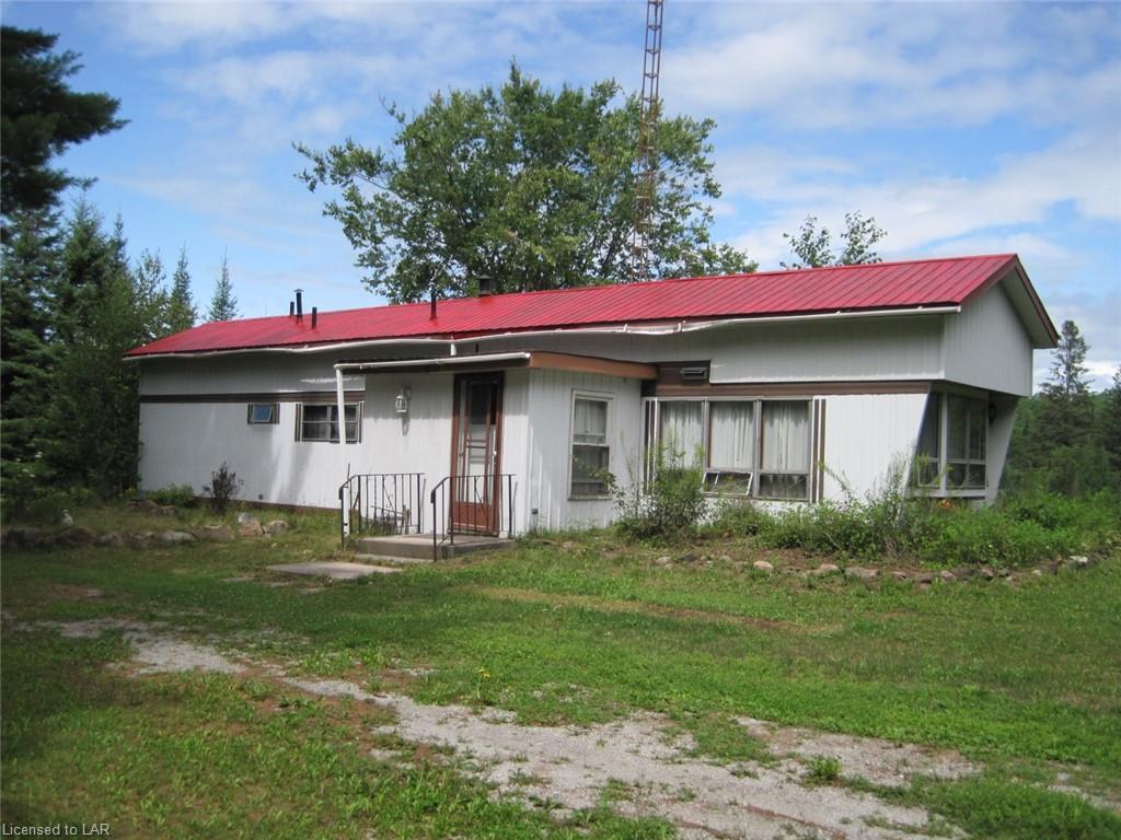 1009 Summerville Road, Gooderham Ontario, Canada
