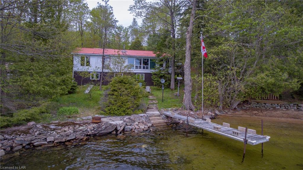 4907 Kennisis Lake Road, Haliburton Ontario, Canada