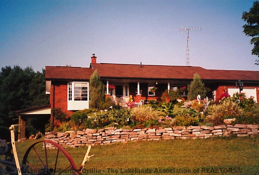 677 Bobcaygeon Rd, Minden Ontario