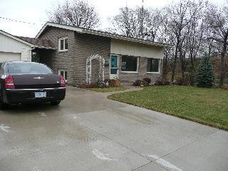 1100 Guthrie Dr East, Sarnia Ontario, Canada