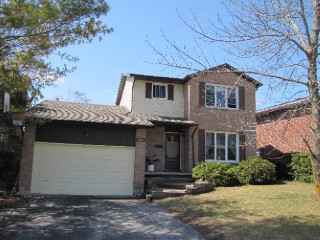 863 Old Colony Rd, Kingston Ontario, Canada