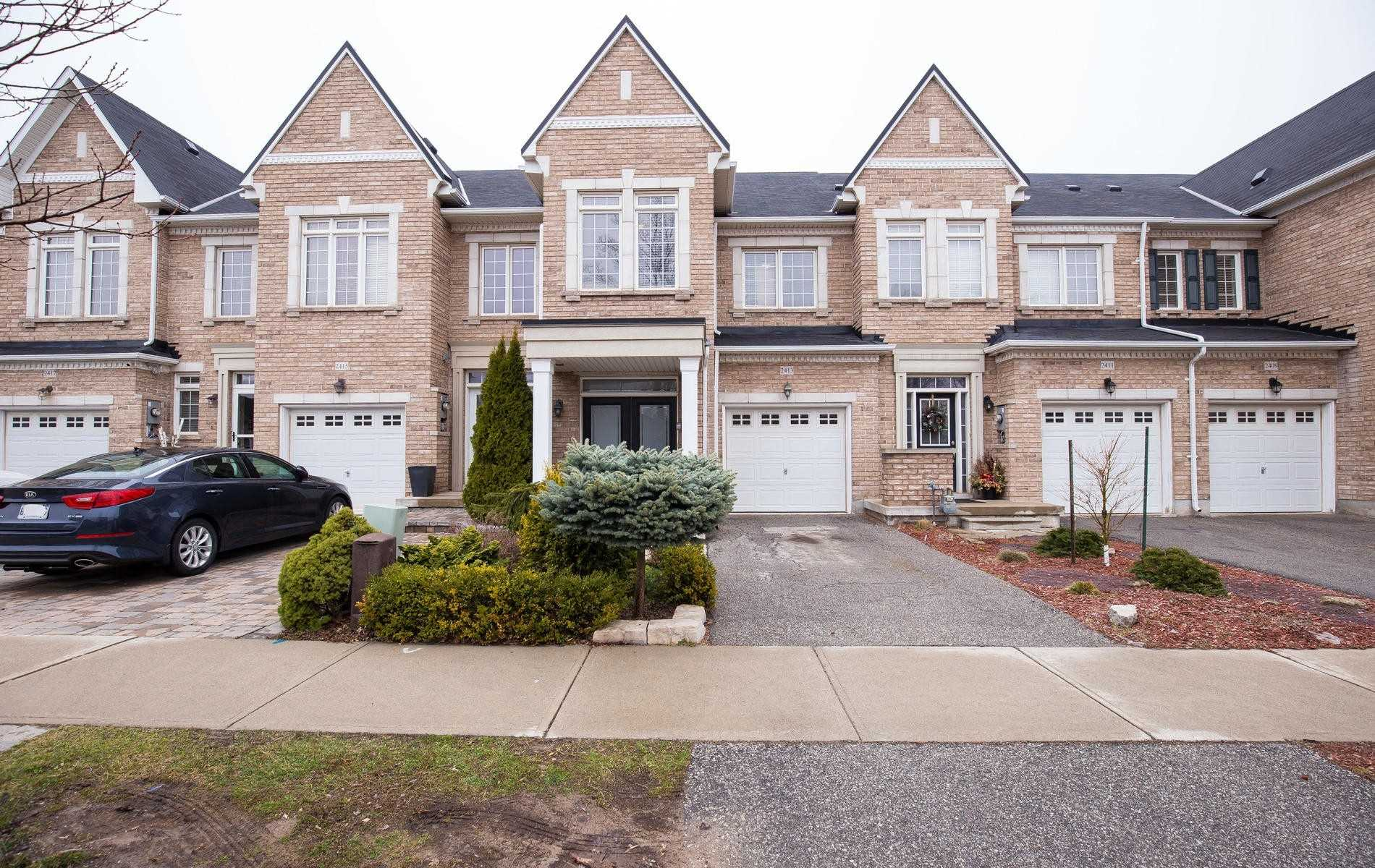 2413 Grand Oak Tr, Oakville Ontario, Canada