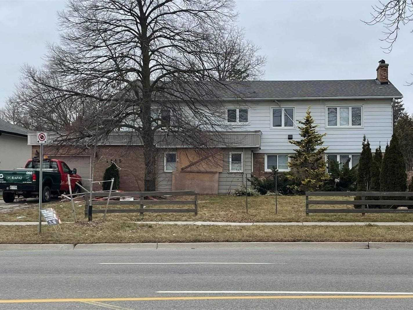 1415 Rebecca St, Oakville Ontario, Canada