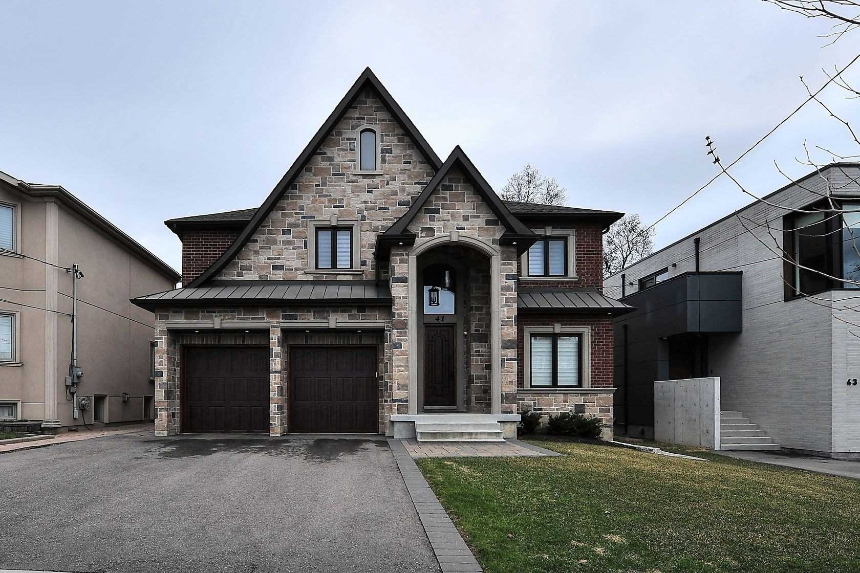 41 Grovedale Ave, Toronto Ontario, Canada