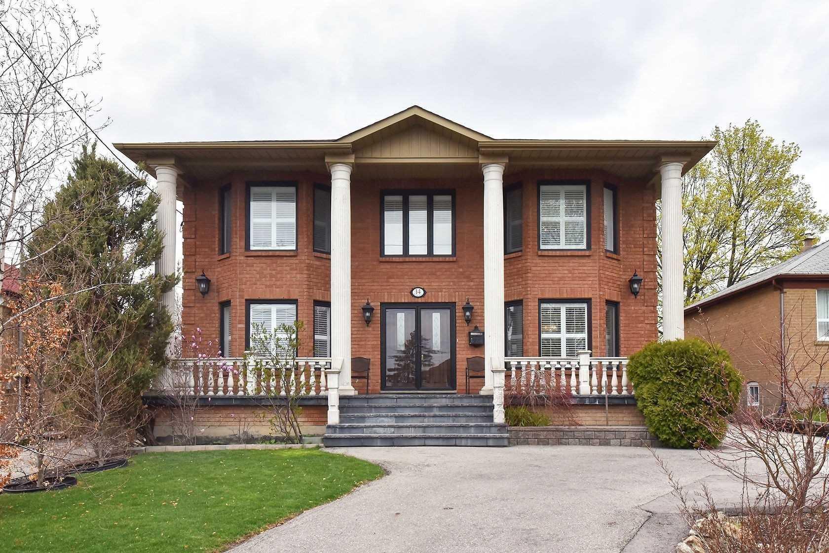 14 Brome Rd, Toronto Ontario, Canada