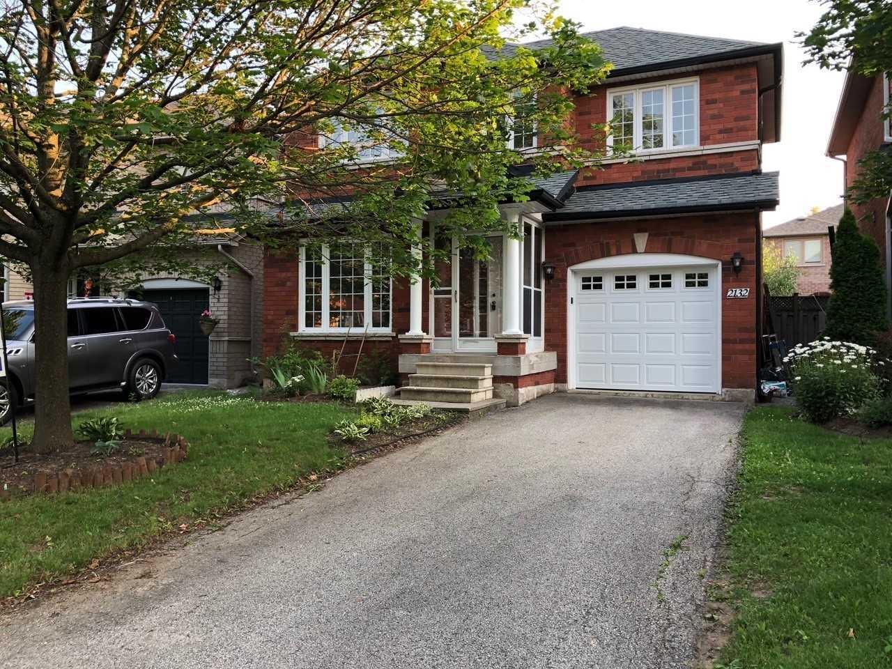 2132 Stillmeadow Rd, Oakville Ontario, Canada