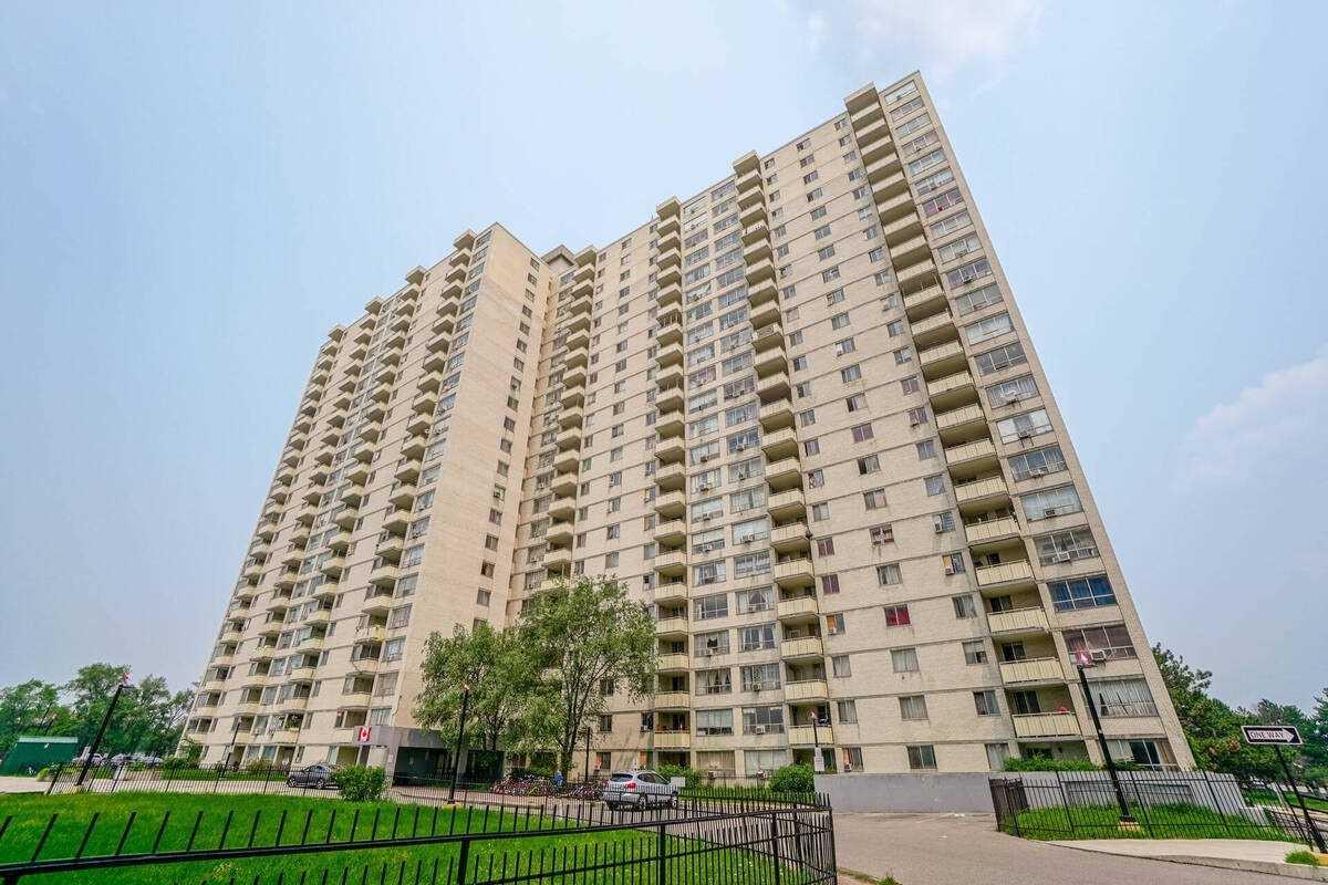 320 Dixon Rd, Toronto Ontario, Canada