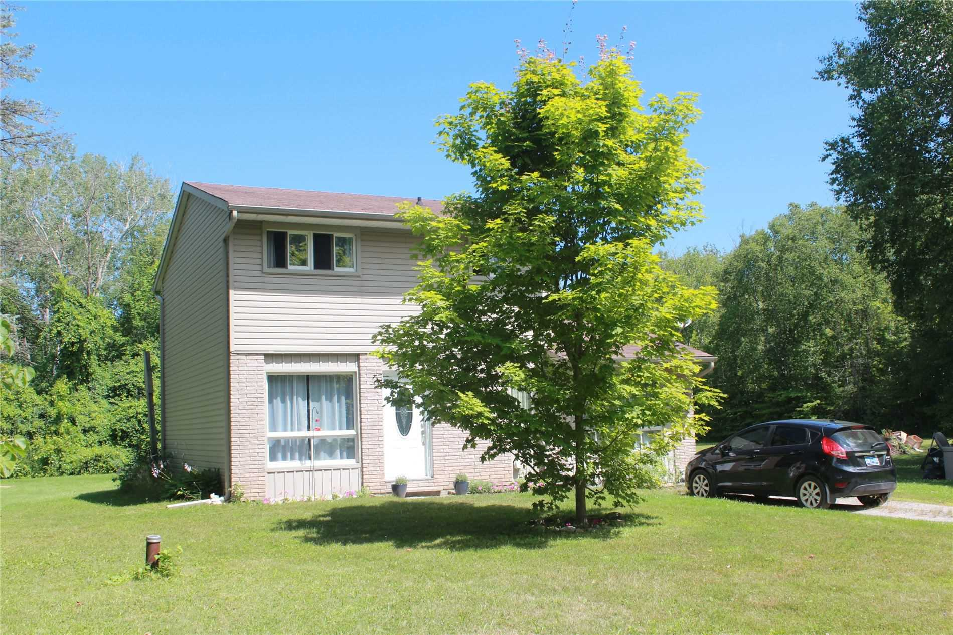 4742 Old Homestead Rd, Georgina Ontario, Canada