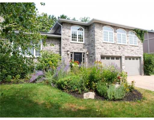 334 coleridge dr, Waterloo Ontario, Canada