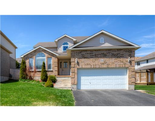 519 Yorkshire Dr, Waterloo Ontario