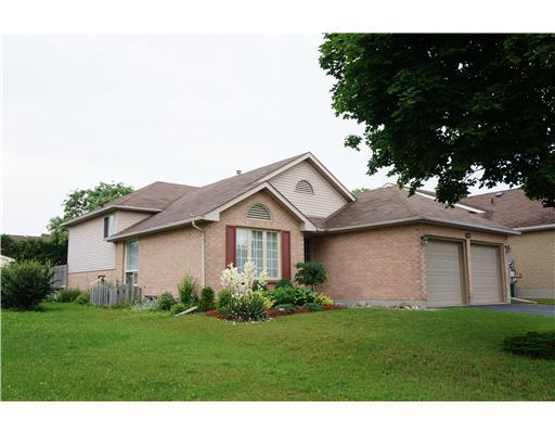 423 timbercroft cr, Waterloo Ontario, Canada