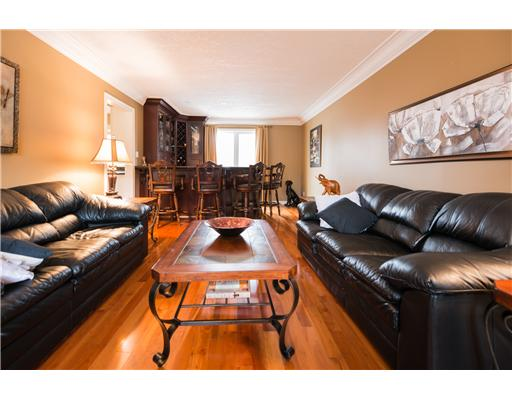 260 old abbey rd, Waterloo Ontario, Canada