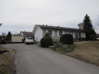 1 Redwood Crt, Peterborough Ontario, Canada