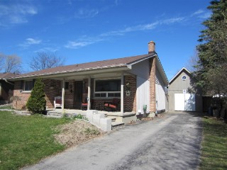 1268 Frobisher St, Peterborough Ontario, Canada