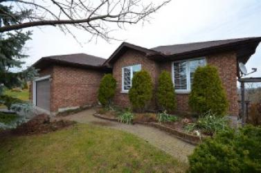 574 Fortye Dr, Peterborough Ontario, Canada