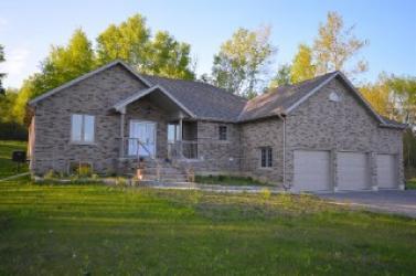 1384 Morton Line Rr#1, North Monaghan Ontario, Canada