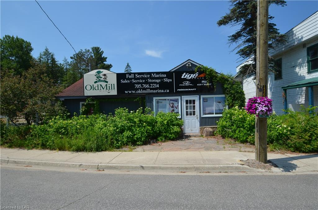1092 Main Street, Dorset Ontario, Canada
