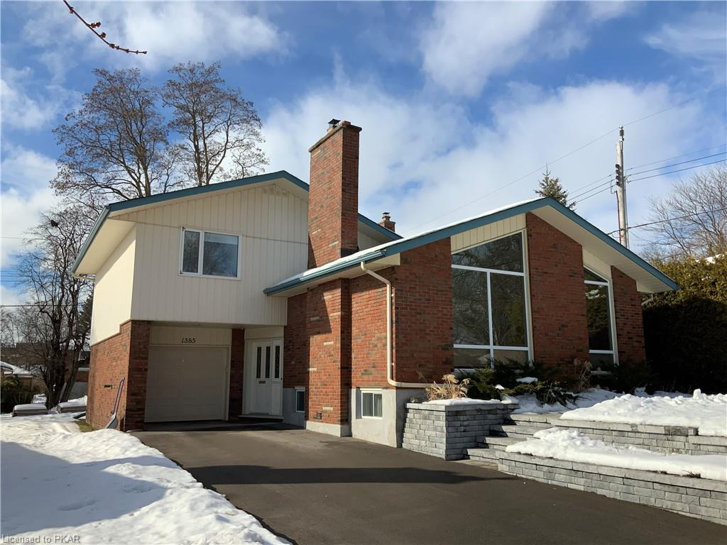 1385 Holloway Drive, Peterborough Ontario, Canada